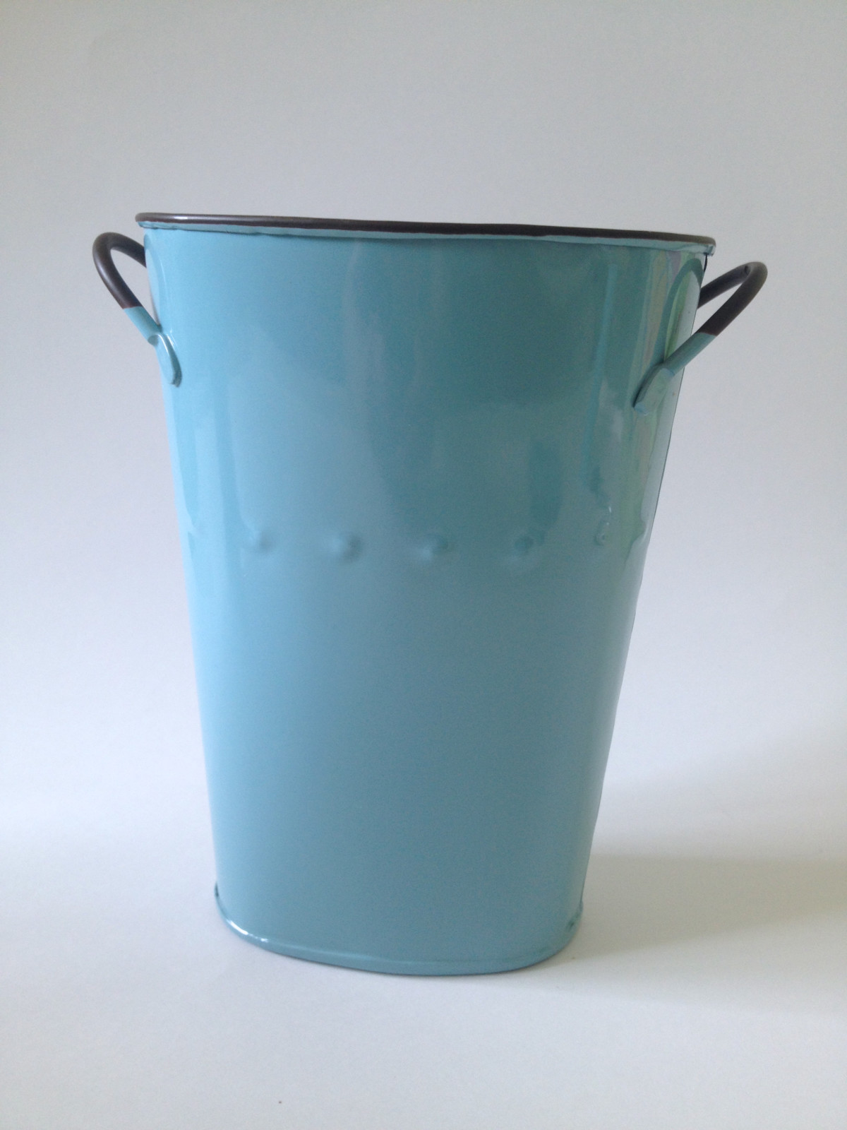 "Aqua enamel oval 7"" french bucket from Saveoncrafts"