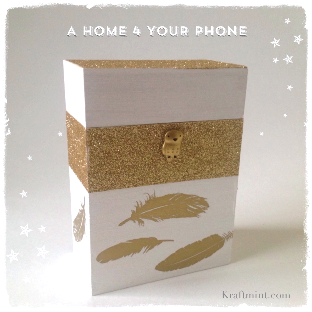 A home for your phone DIY