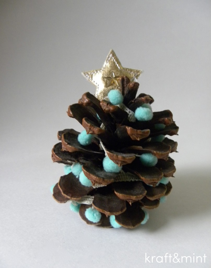 Quick Craft: Trimming Pinecones