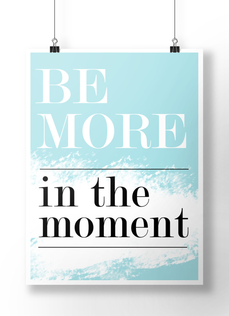 bemorein_themoment_blue