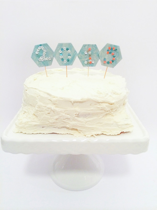 Cake Topper with Sequins 2015 DIY kraft&mint kraftmint dot com