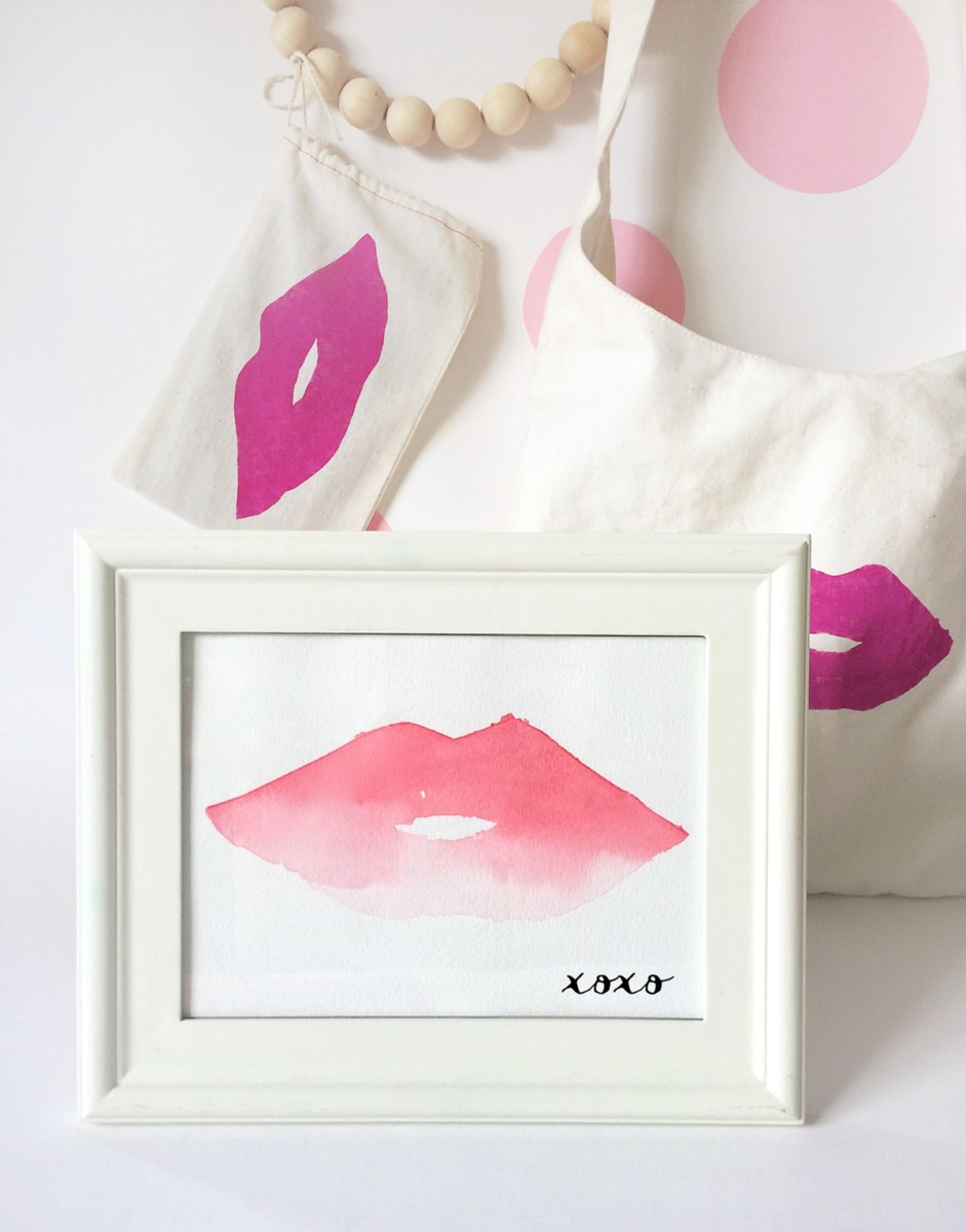 Lips Watercolor Artwork & Lips Canvas Bag DIY
