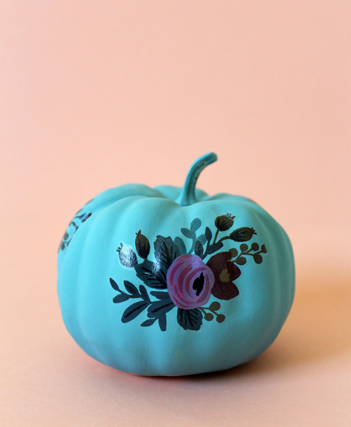 Make a vibrant pumpkin this Fall