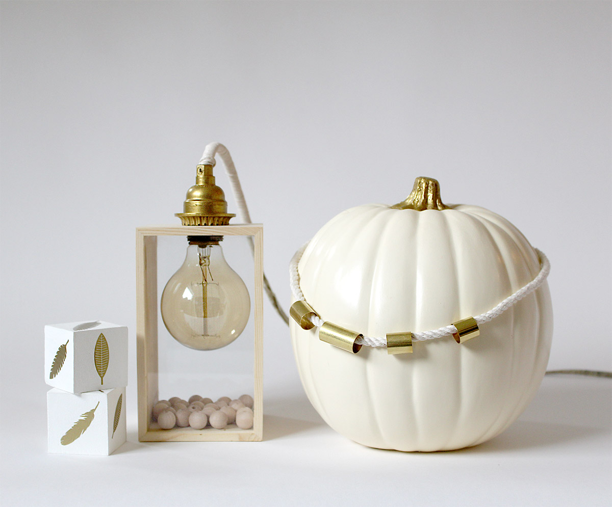 Bring Fall into your home: Fall Vignette with Pottery Barn crafting blogger