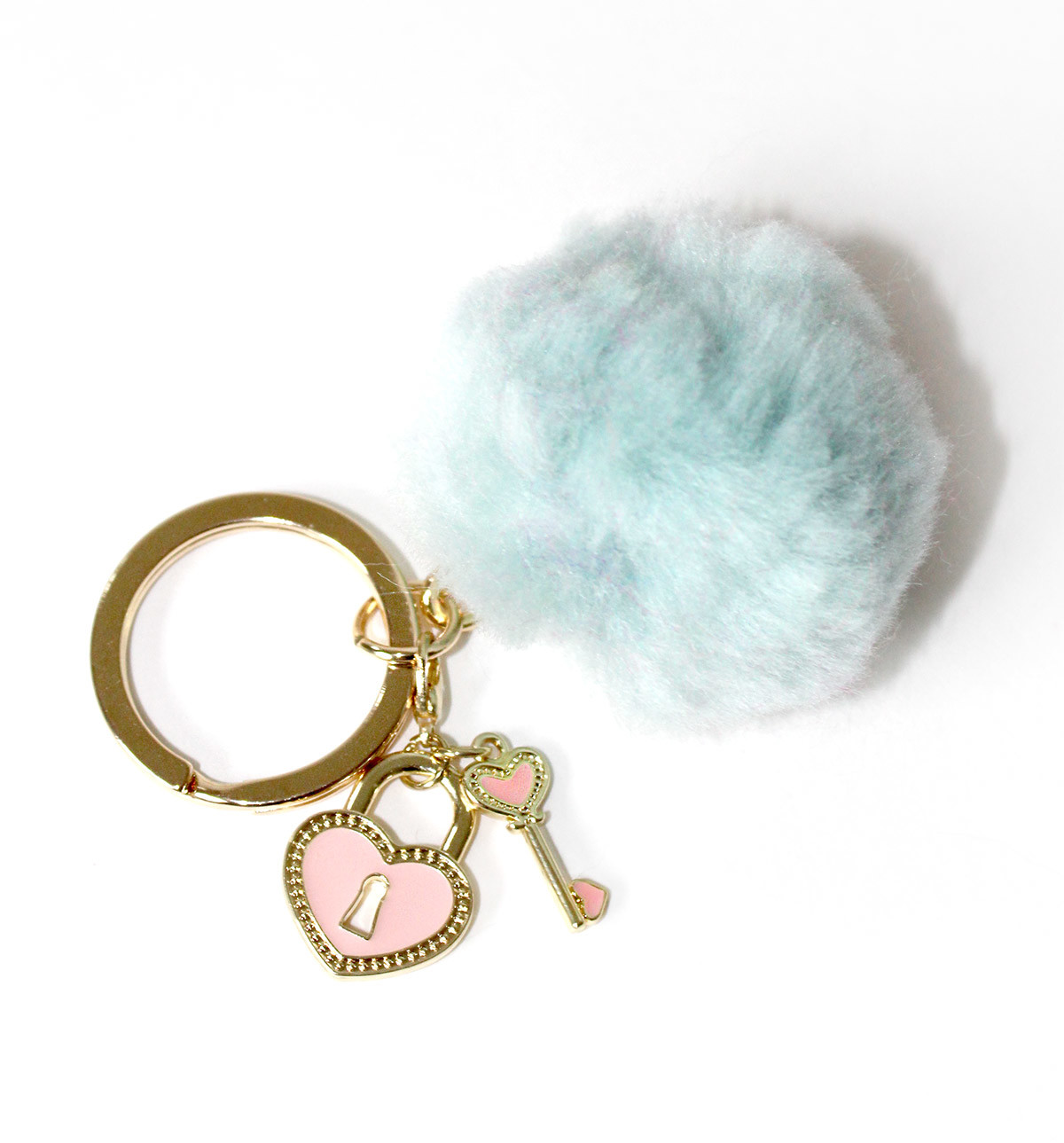 Make a trendy pom keychain