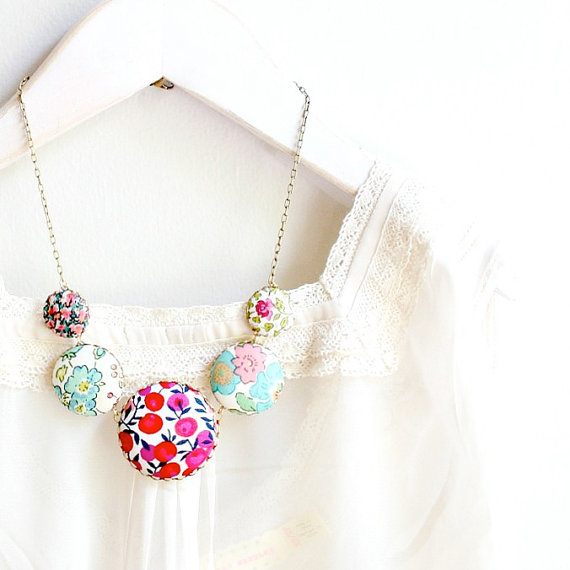 Friday Finds - Floral styles for fashion and home decor - The Liberty Statement Necklace