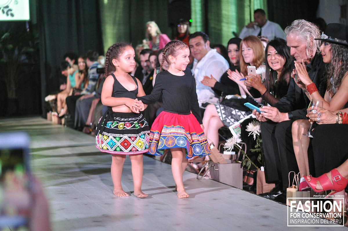 "Fashion for conservation: ""Inspiracion del Peru"" Fashion Show by kraft&mint"