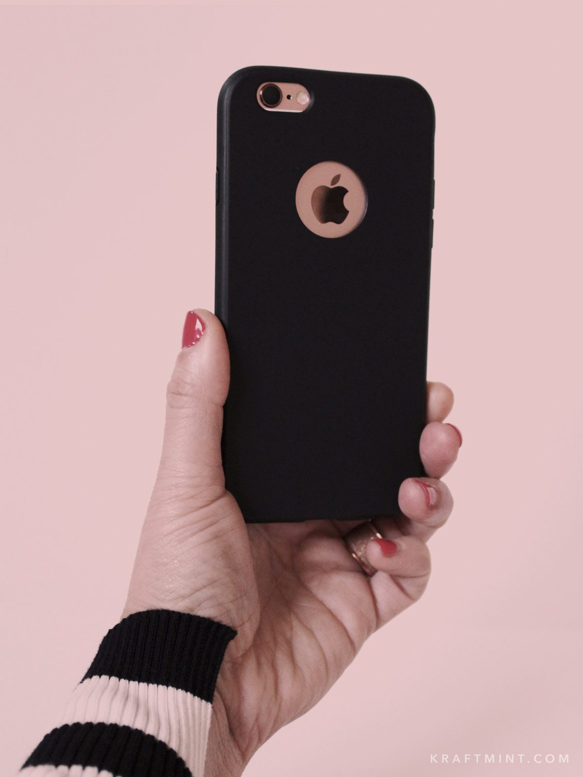 A modern and minimalist iphone case