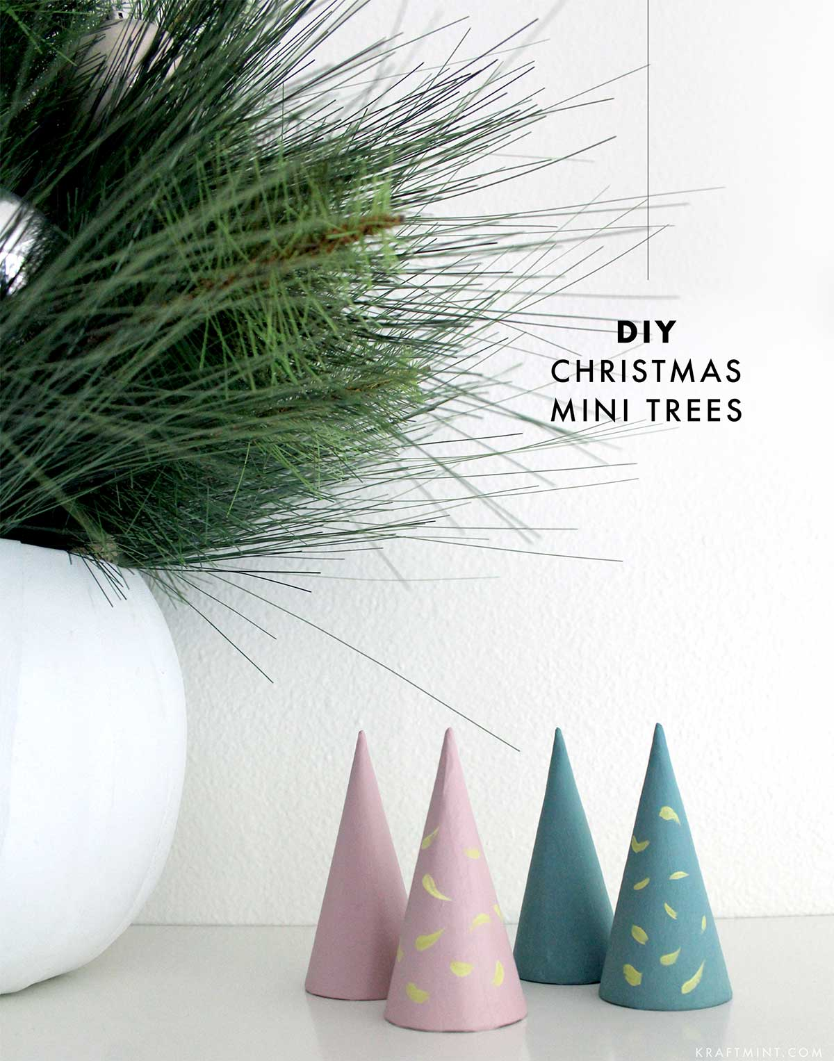 DIY Christmas mini trees decor